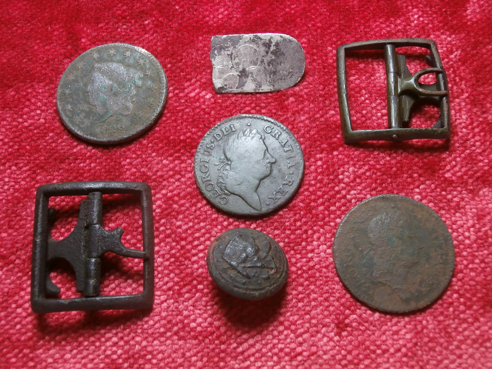 After finding the gold cufflink, a follow-up search with my Deus metal detector